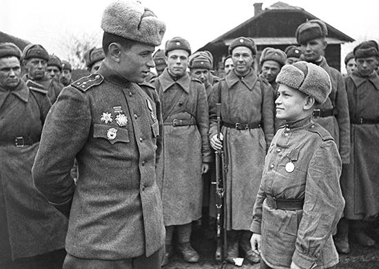 Почему в 1943 году в армию вернулись
