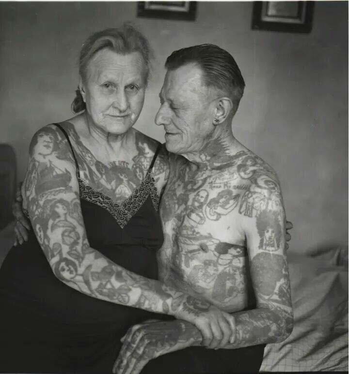 Со слов самих пожилых людей в татуировок в старости есть несколько недостатков интересное, люди, пожилые, странные, тату, факты, что творят