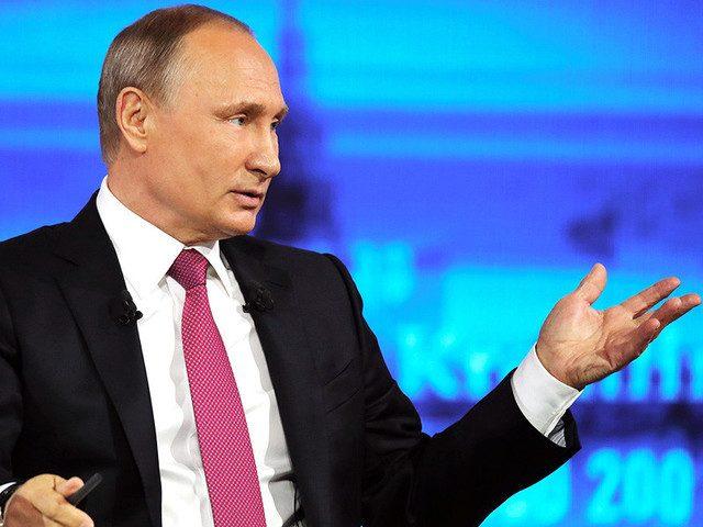 Почти половина россиян считают нормой вмешательство президента в проблемы регионов