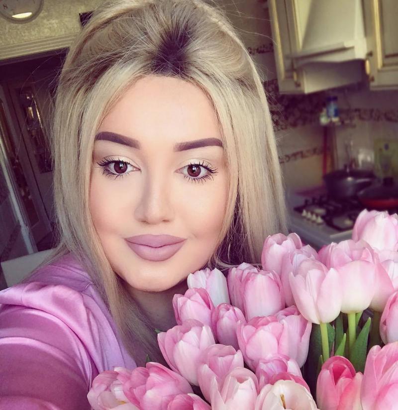 Макияж творит чудеса: топ-15 перевоплощений обычных женщин в королев красоты
