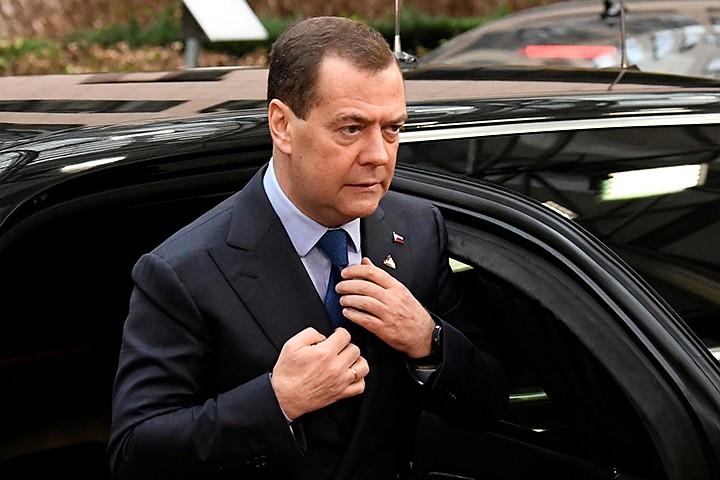 У Медведева сменился шеф протокола