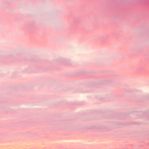 Пост в розово-сиреневых тонах