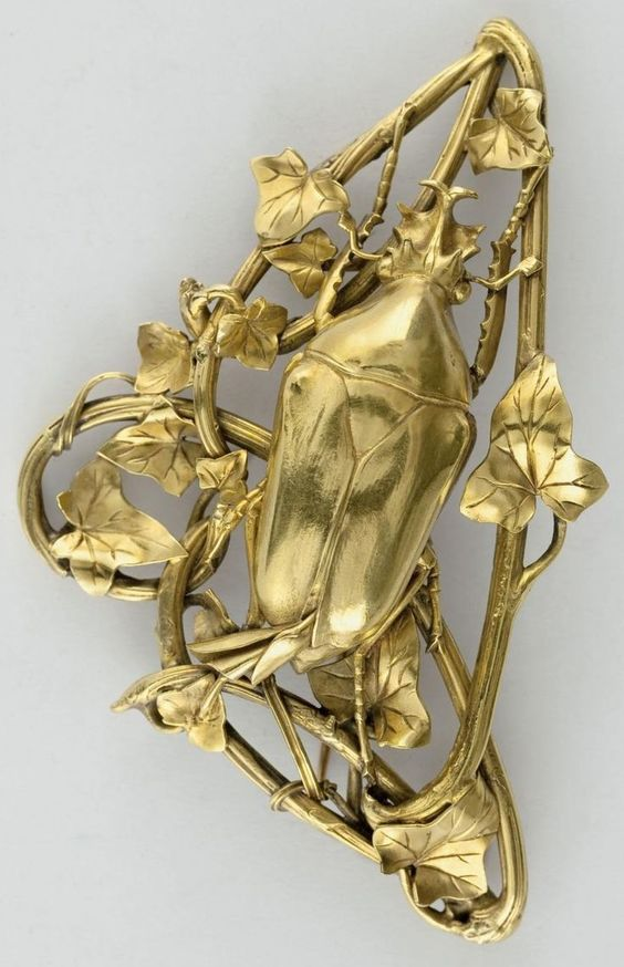 Art Nouveau gold Ivy and Beetle brooch, by Henri Husson, circa 1909