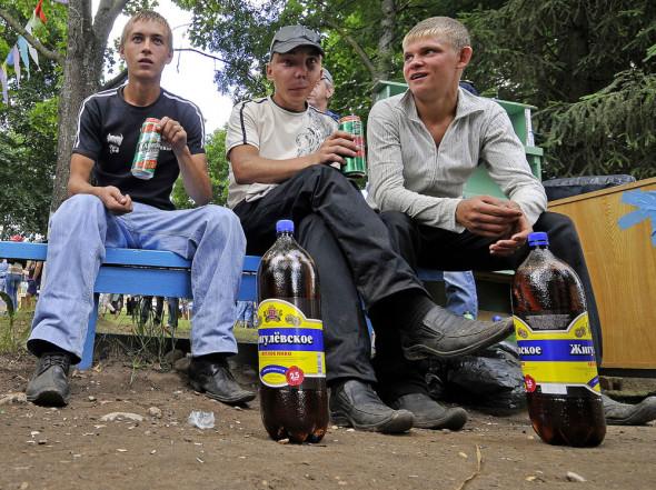 2 млн. молодых не учатся и не работают: Организаторам пенсионной реформы этого мало