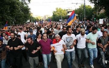 Армения превратится для России в новую Украину?