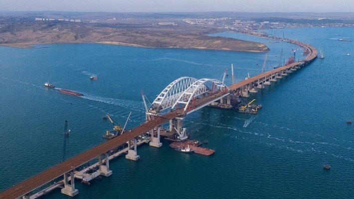 Суд и военный флот: у Киева есть два сценария для ответа РФ в Азовском море..