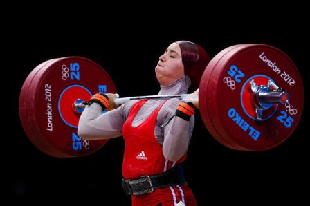 Женщин-тяжелоатлеток Ирана допустят кмеждународным соревнованиям