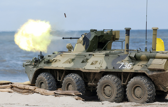 Солдат сжёг БТР-82, разогревая себе обед во время полевых занятий