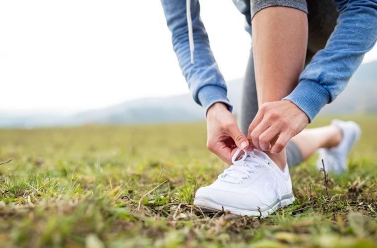Ученые разгадали тайну развязывающихся шнурков