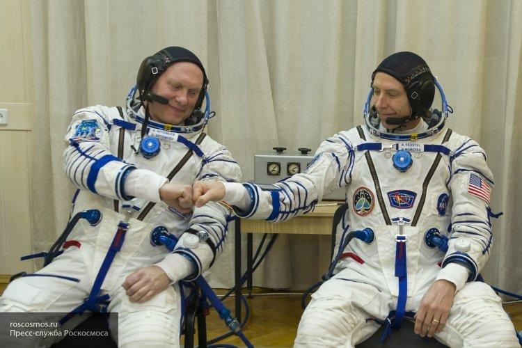 Российский космонавт поздравил сограждан с Днем России