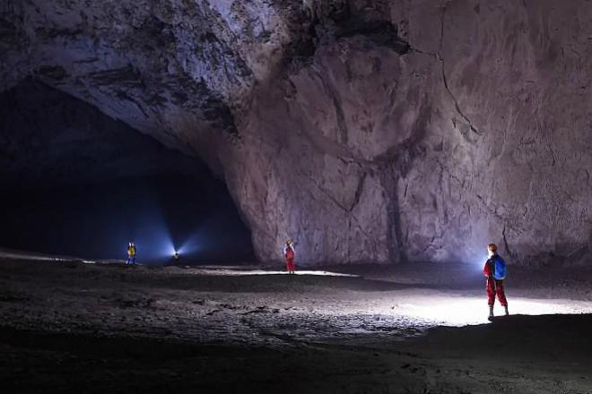 Гигантская суперпещера: в нее поместится целый город
