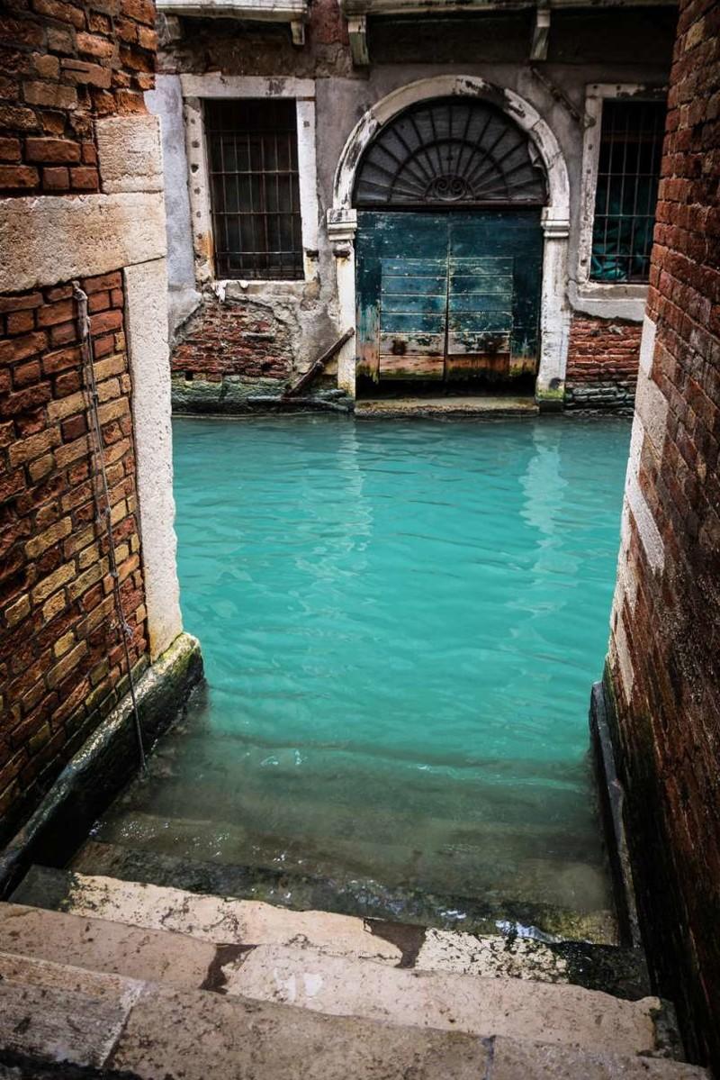 26. 26. Бирюзовый канал, Венеция, Италия заброшенные места, крипи, прикол, ужас