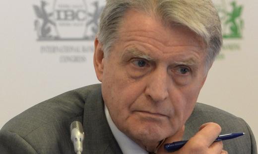 Финансовый омбудсмен заявил, что пенсии в России брать неоткуда