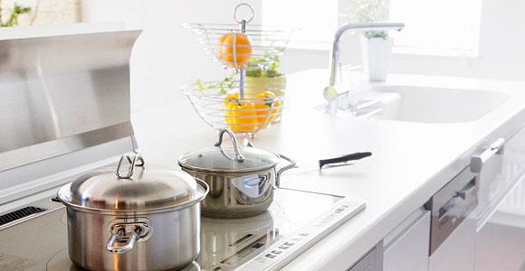 На кухонных поверхностях не должно быть ничего лишнего