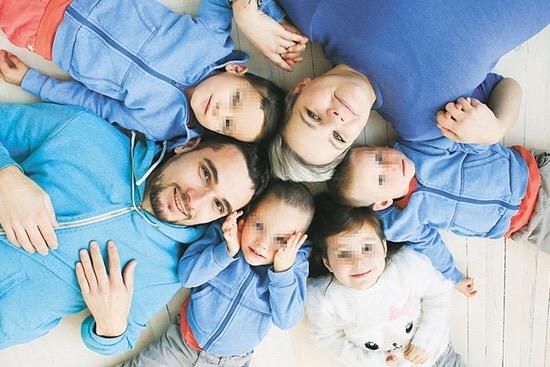 Опека, изучив блог многодетной мамы, изъяла детей