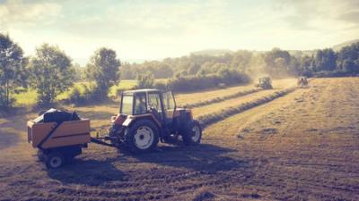 Правительство утвердило программу поддержки сельхозмашиностроения