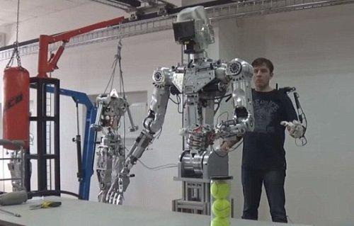 Робот Т-101 #2