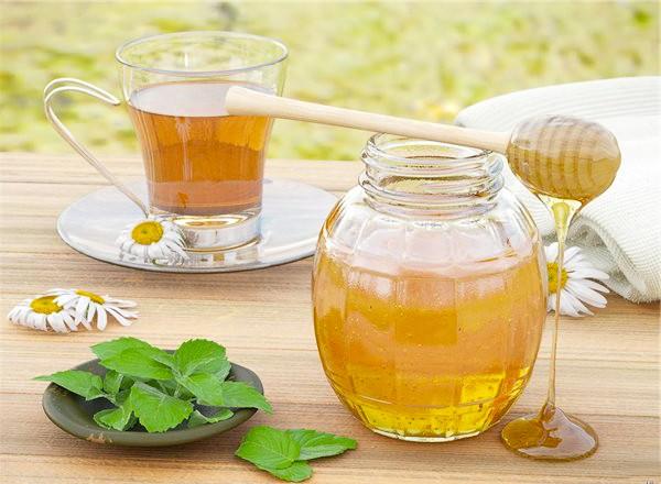 Вкусное похудение на медовой воде
