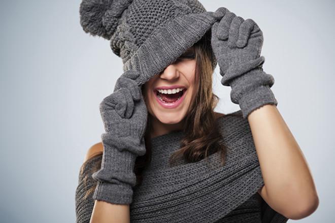 Прически под шапку: 8 простых и выигрышных идей