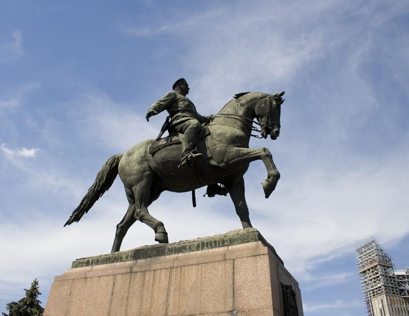 «Вы можете уничтожить памятник, но не память», — Тулянцев о сносе в Молдове памятника Котовскому