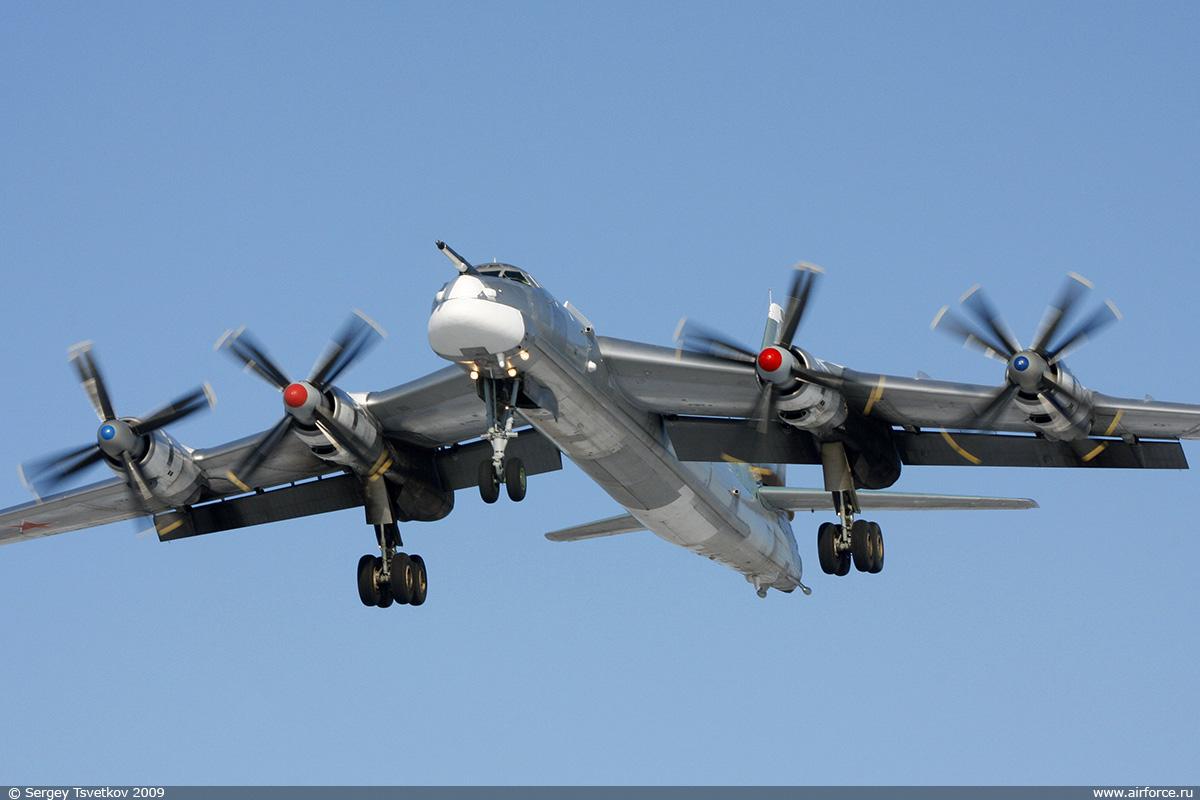 Рождение Ту-95. К 65-летию со дня первого полета