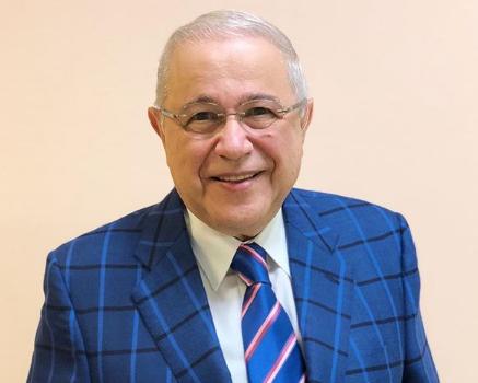 «Старик не в себе»: Панин и другие звезды о разводе Петросяна