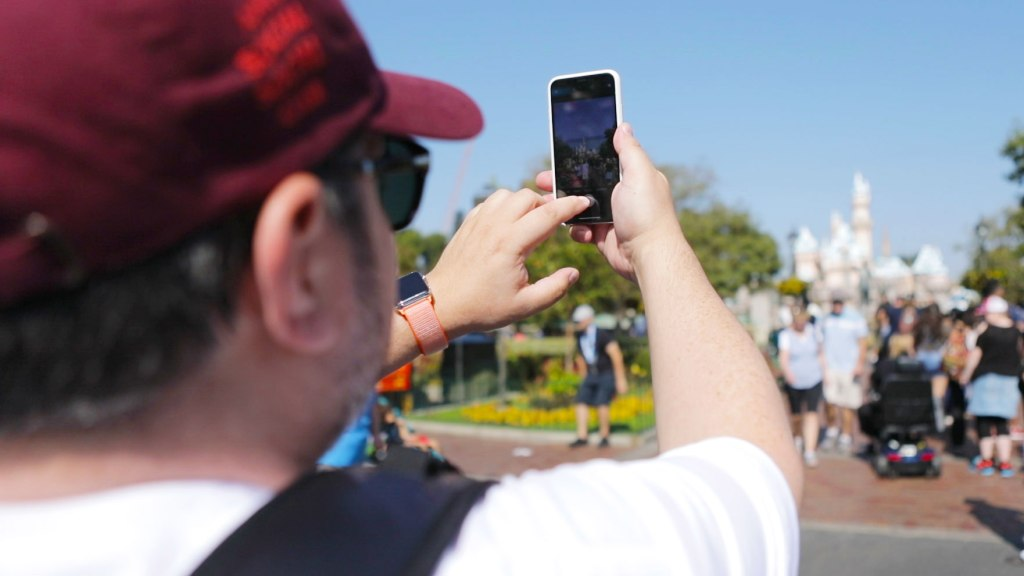Review: The iPhone X Goes To Disneyland