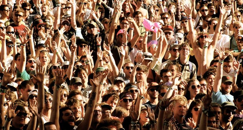 Ася Казанцева: почему идти на поводу толпы легко и приятно