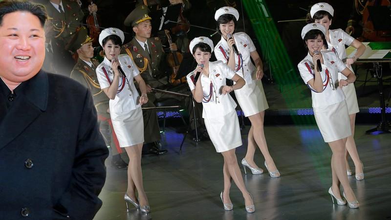 Ким пошлет в Южную Корею женский десант (фото)