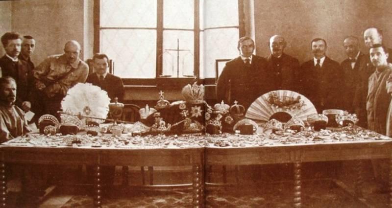 Как большевики продавали дра…