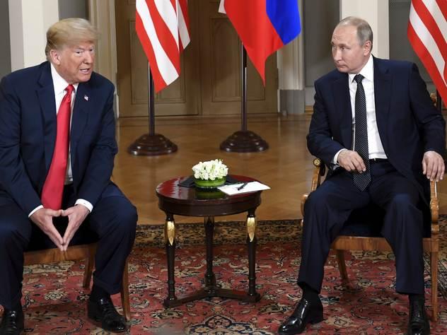 Почти половина американцев считает Россию врагом США