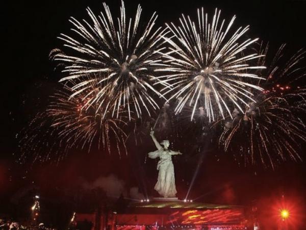 Волгоград: видео зрелищных флешмобов в честь Дня Победы набирает популярность в сети