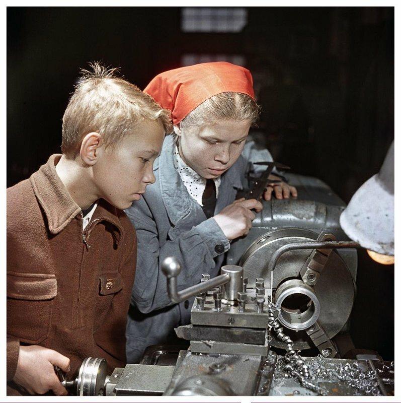 Несколько снимков из советской жизни