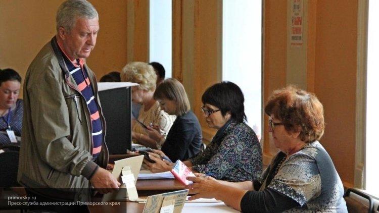 Кандидат Андрей Филягин прин…