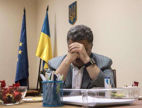 Ростислав Ищенко: В войне на Украине уже не заинтересован никто, поэтому Киев все подталкивают к Минским соглашениям