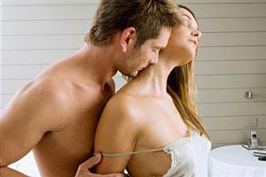 Как вести себя первый раз в постели с мужчиной