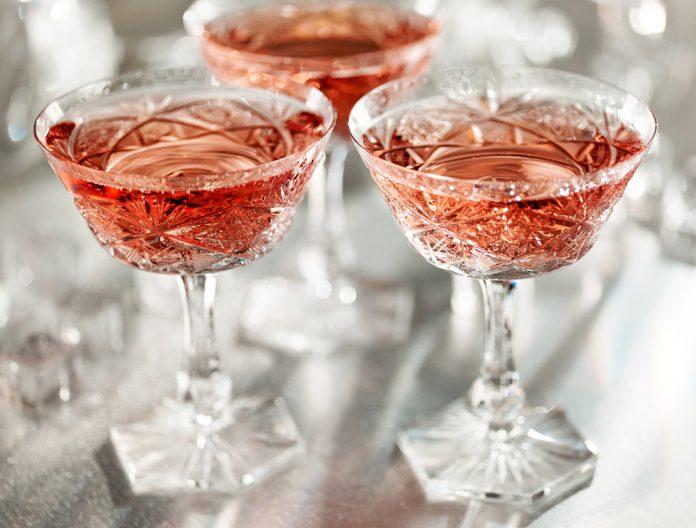 6 самых полезных алкогольных напитков, которые даже рекомендуют для здоровья