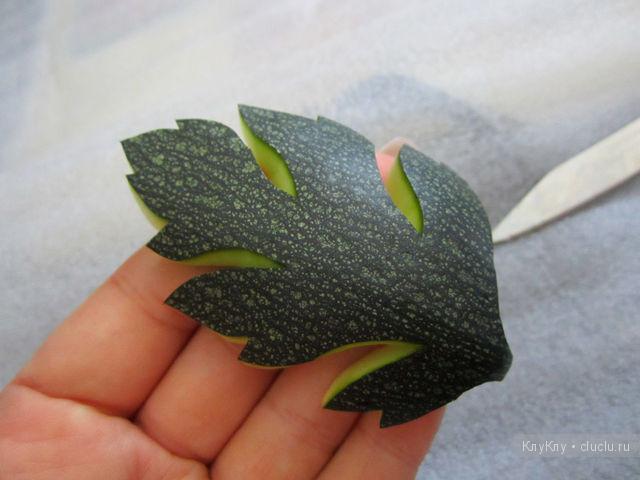 Как красиво уложить овощи в банки для домашних заготовок: http://dz-online.ru/article/4679/