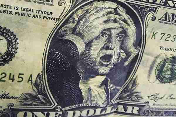 Начало конца доллара в российской экономике