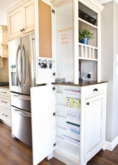 Классический Кухня by Starline Cabinets
