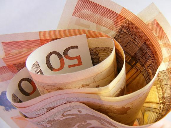Жители Финляндии будут ежемесячно получать по 550 евро вне зависимости от занятости
