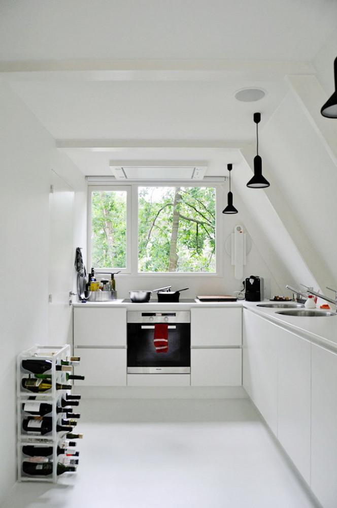 Кухня/столовая в цветах: Белый, Салатовый, Светло-серый, Черный. Кухня/столовая в стиле: Минимализм.