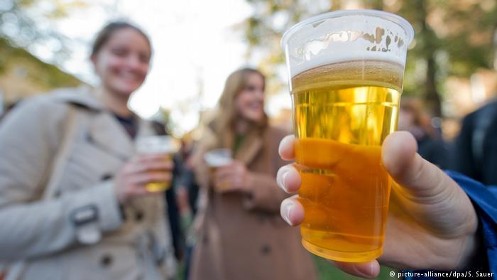 Эксперты установили: алкоголь помогает лучше говорить на иностранном языке