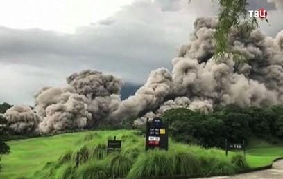 Число жертв извержения вулкана в Гватемале возросло до 25
