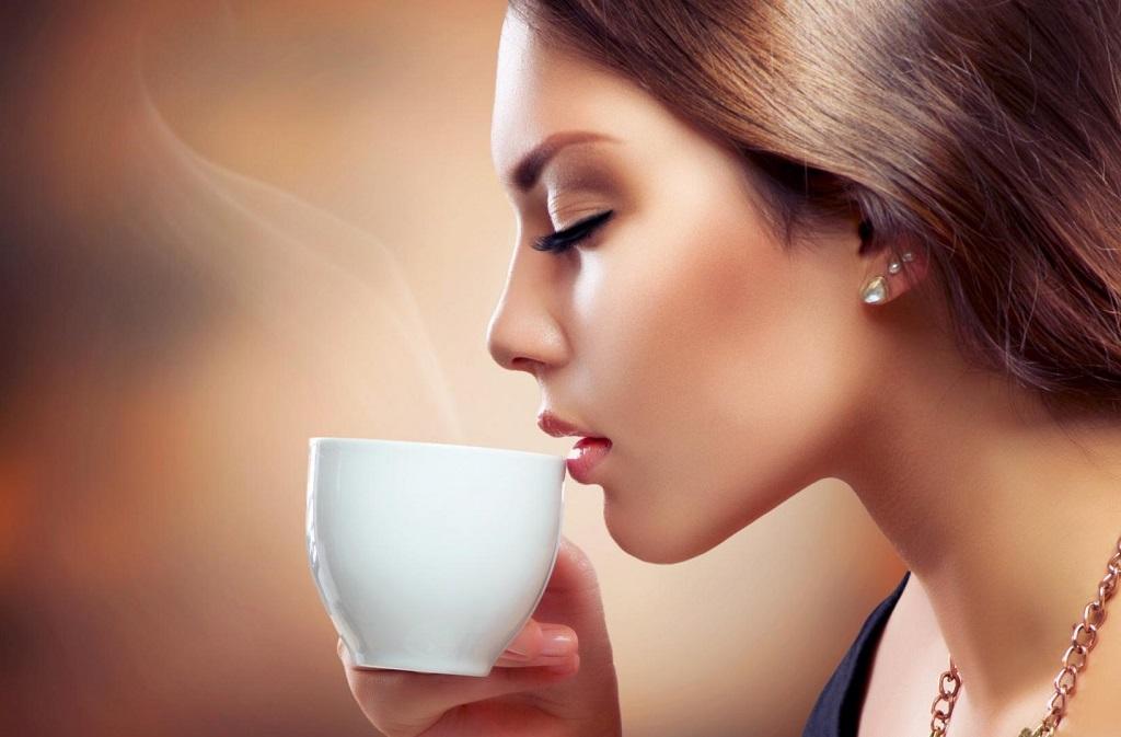 Зачем хранить кофе в холодильнике