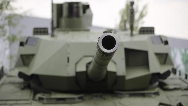 «Армата» станет суперубийцей танков