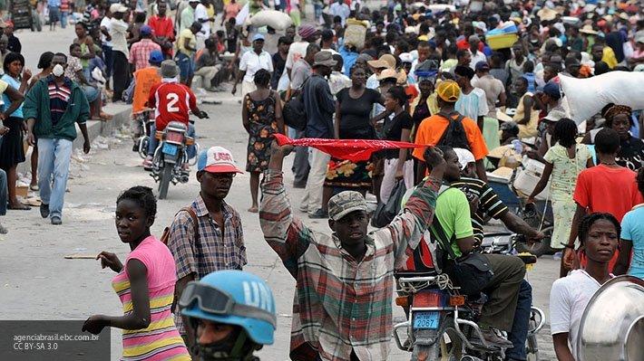 Гаитянское правительство ушло в отставку на фоне протестов