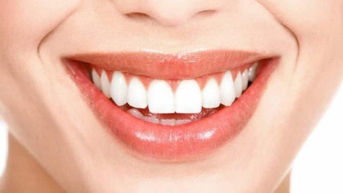 Я забыла когда последний раз лечила зубы, благодаря этому чудо средству! Всего 4 простых ингредиента!