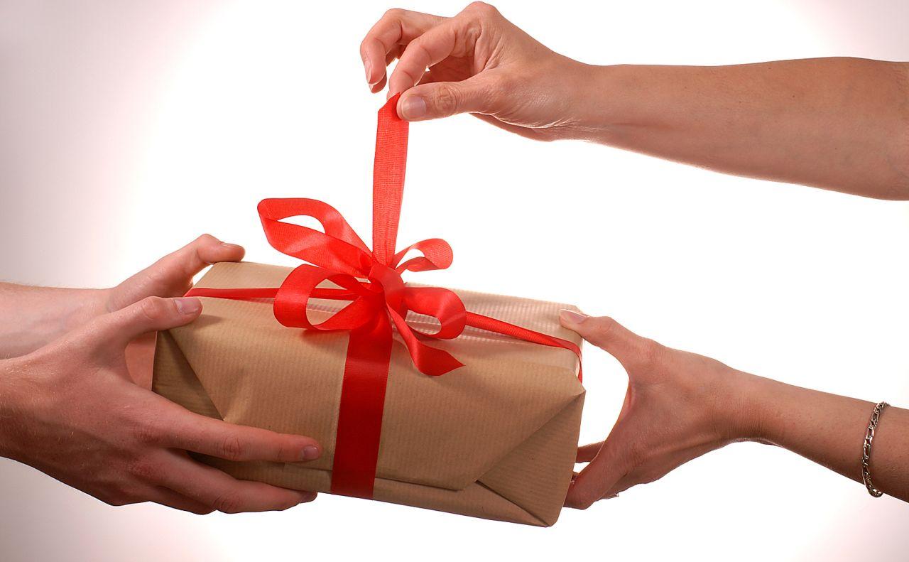 Открытие подарков в сша 55