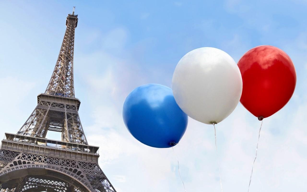 Как французы крутили свои яйца!))